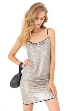Платье в пайетки Kiara