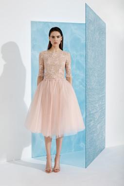 Платье с фатиновой юбкой EMSE