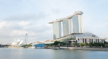 Сингапур - страна порядка, чистоты и шопинга, возведенного в абсолют