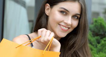 Является ли шопинг заботой о себе?!