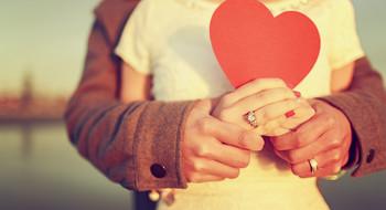 20 идеальных платьев для Дня святого Валентина и не только