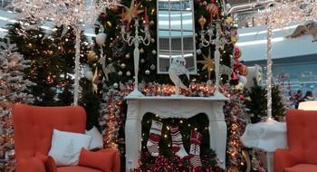 ТОП-5 новогодних фотозон в торговых центрах Минска