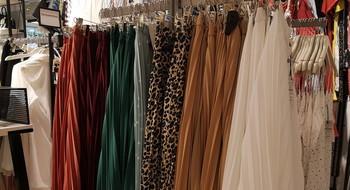 Плиссированные юбки: с чем носить + 20 моделей от 49 до 99 рублей